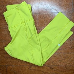 Lululemon Green Break Free Crop size 6